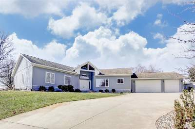 Angola Single Family Home For Sale: 160 Lane 220 Lake Gage