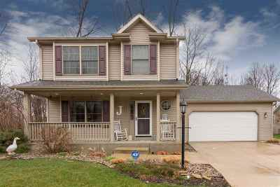 South Bend Single Family Home For Sale: 4952 Spring Rain Drive
