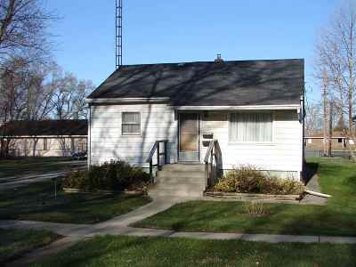 St. Joseph County Single Family Home For Sale: 309 Iowa