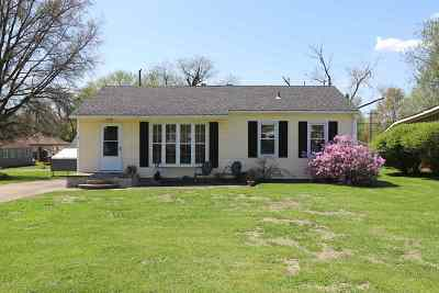 Boonville Single Family Home For Sale: 1203 S Fourth Street