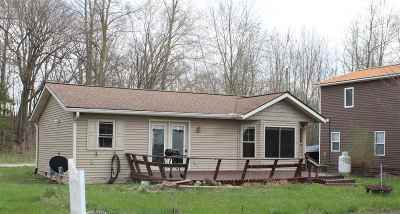 LaGrange County Single Family Home For Sale: 1575 E 770 S