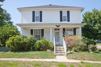 Elberfeld Single Family Home For Sale: 370 Elm Street