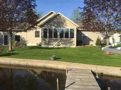 LaGrange County Single Family Home For Sale: 6610 S 075 E