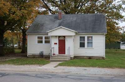 Syracuse Single Family Home For Sale: 207 E Chicago Street
