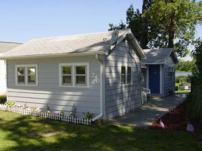 Syracuse Single Family Home For Sale: 70 Ems D18c