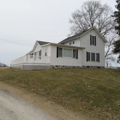 LaGrange County Single Family Home For Sale: 7550 E 200 South