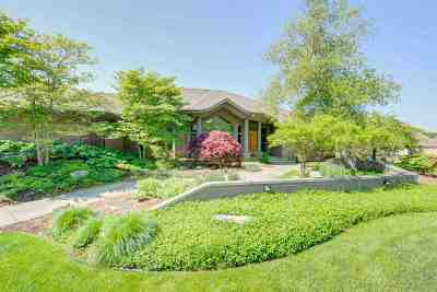South Bend Single Family Home For Sale: 2716 Twixwood Lane