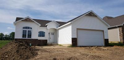 Warsaw Single Family Home For Sale: 2664 Pine Cone Lane