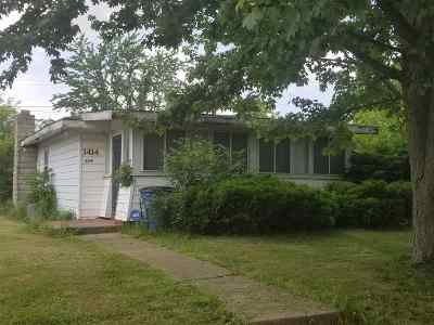 Marion Single Family Home For Sale: 3414 S Race Street