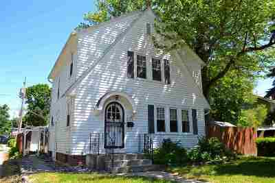 Allen County Single Family Home For Sale: 1321 Clara Ave
