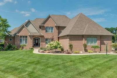 South Bend Single Family Home For Sale: 18256 Forest Glade Drive