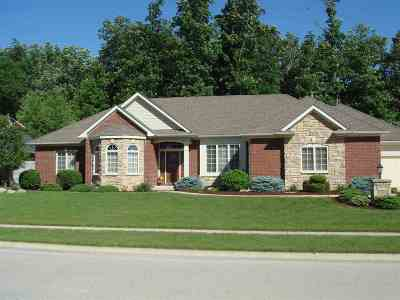 Fort Wayne Single Family Home For Sale: 8526 Legends Parkway