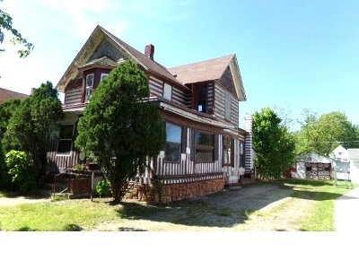 Butler Single Family Home For Sale: 337 W Oak St