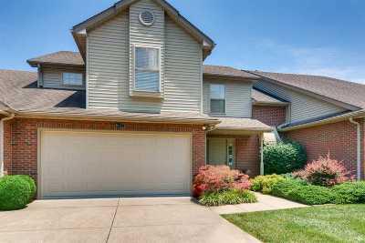 Evansville Condo/Townhouse For Sale: 1622 Village Lane