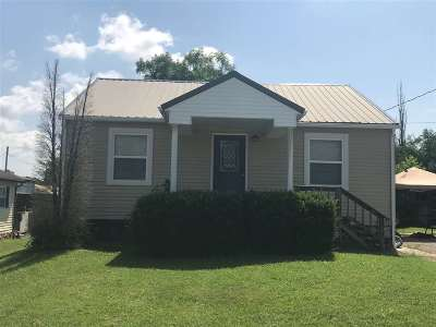 Dubois County Single Family Home For Sale: 403 S Chestnut St.