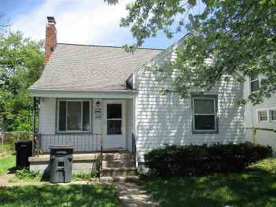 South Bend Single Family Home For Sale: 1654 Obrien Street