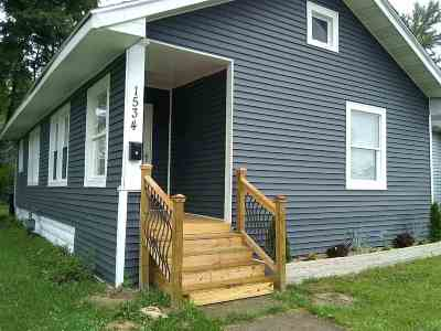 South Bend Single Family Home For Sale: 1534 E Calvert Street