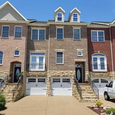 Evansville Condo/Townhouse For Sale: 1126 Shooters Hill Court
