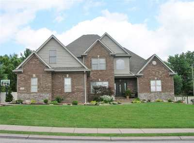 Newburgh Single Family Home For Sale: 2315 Julianne Circle