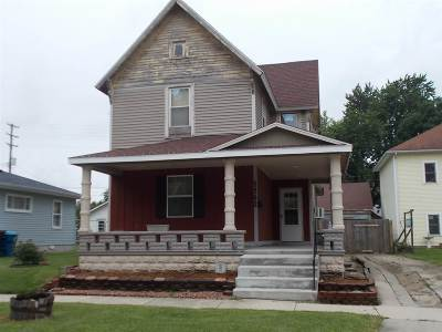 Single Family Home For Sale: 1142 Henry St.