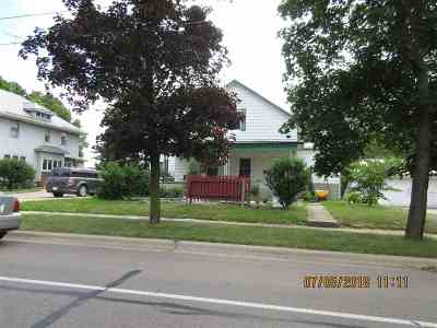 Warsaw IN Single Family Home For Sale: $159,700