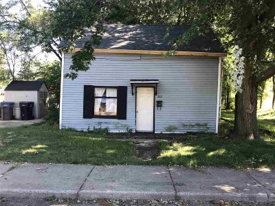 Warsaw Single Family Home For Sale: 812 E Arthur Street
