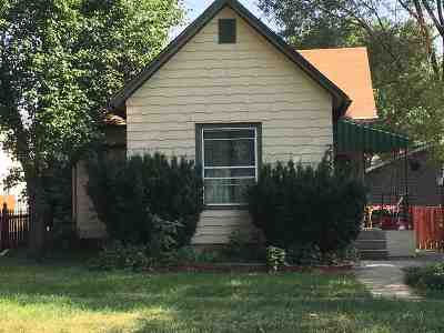Auburn Single Family Home For Sale: 208 W 2nd Street