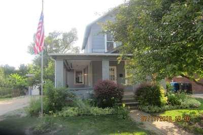 Huntington Single Family Home For Sale: 634 Oak