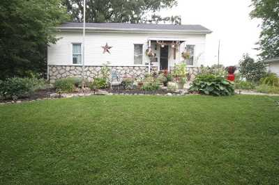 Huntington Single Family Home For Sale: 432 W Tipton