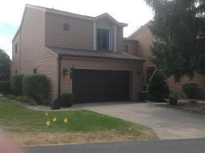 Plymouth IN Condo/Townhouse For Sale: $209,000