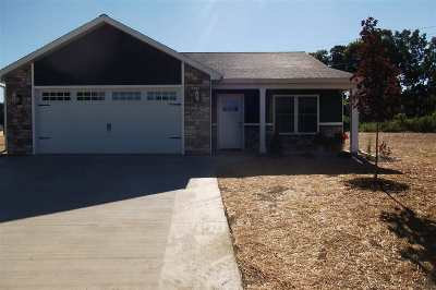 Steuben County Single Family Home For Sale: 2010 Buell Drive