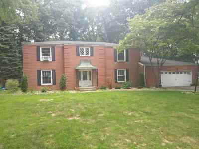Mishawaka Single Family Home For Sale: 54570 Whispering Oak