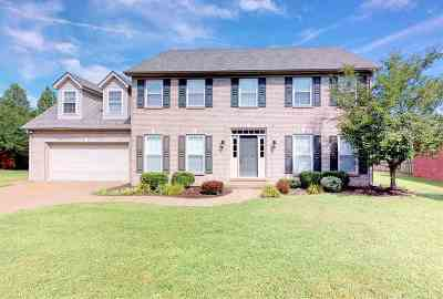 Newburgh Single Family Home For Sale: 2655 Meadowcrest Drive