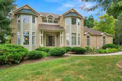 Allen County Single Family Home For Sale: 1929 Turnberry Lane