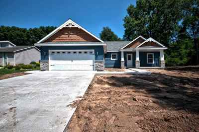 Elkhart Single Family Home For Sale: 1508 Evergreen