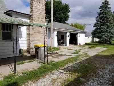 Butler Single Family Home For Sale: 343 W Oak