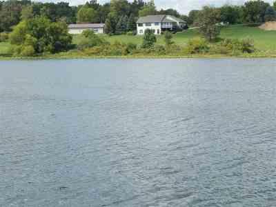 Steuben County Single Family Home For Sale: 3571 E Johnson Lake Road