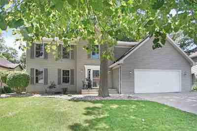 Mishawaka Single Family Home For Sale: 137 S Shore Drive