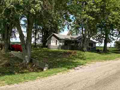 Kosciusko County Single Family Home For Sale: 594 W 1300