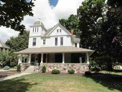 Auburn Single Family Home For Sale: 738 N Main St Street