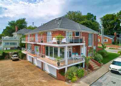 Newburgh Condo/Townhouse For Sale: 101 W Jennings Street