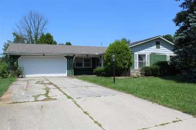 Allen County Single Family Home For Sale: 1809 Embassy Drive
