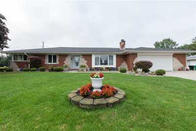 South Bend Single Family Home For Sale: 19100 Sundale Drive