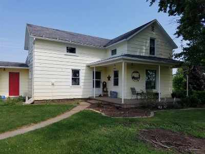 Auburn IN Single Family Home For Sale: $114,900