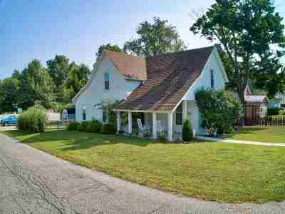 Boonville Single Family Home For Sale: 604 E Oak Street
