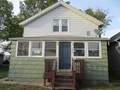 South Bend Single Family Home For Sale: 1023 W Dubail Street