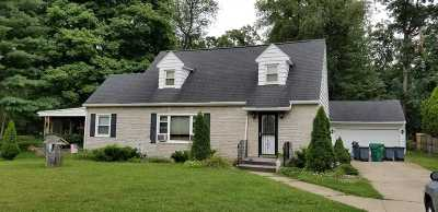 South Bend Single Family Home For Sale: 244 E Willow