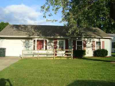 South Bend Single Family Home For Sale: 1410 Viking