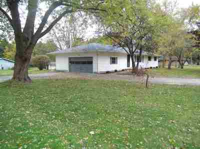 Granger IN Single Family Home For Sale: $215,000