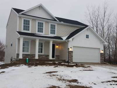 Mishawaka Single Family Home For Sale: 4326 Douthart Place